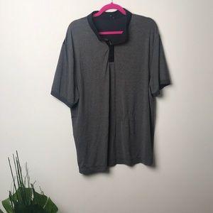 Lululemon men's sz xL golf style polo t shirt